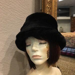 Preston & York Faux Fur Hat Black